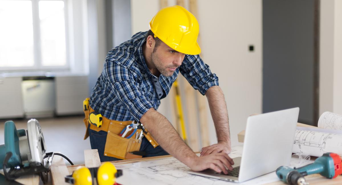 Rakennusalan taloushallinnosta helppokäyttöistä